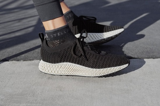 adidas by Stella McCartney发布ALPHAEDGE 4D跑鞋限定款